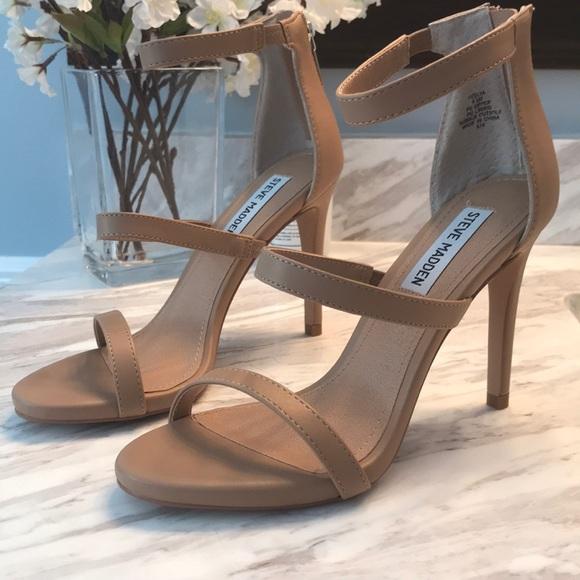Steve Madden Feelya Sandals
